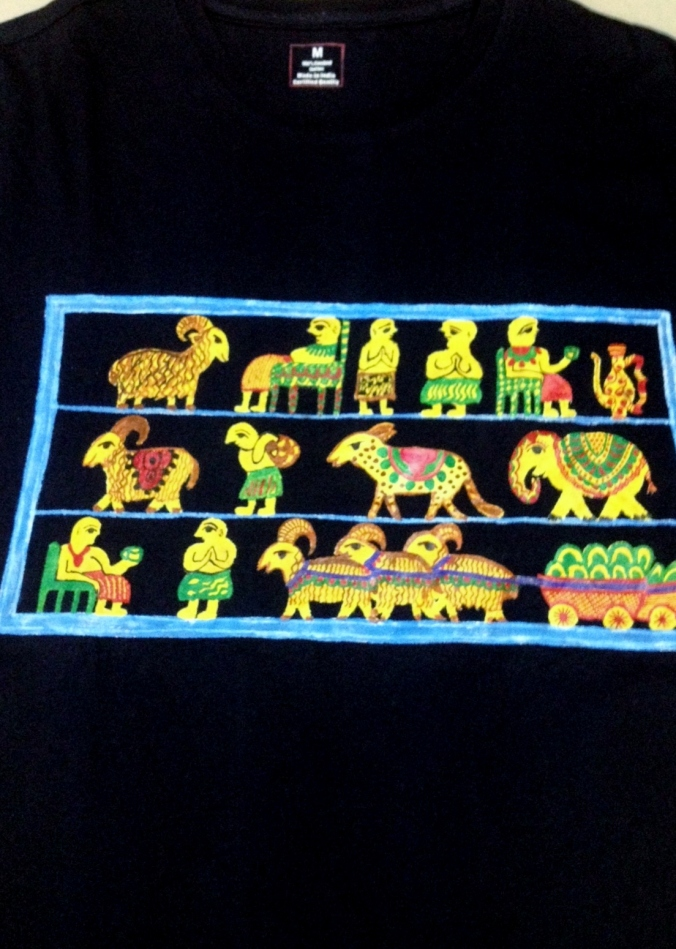 an egyptian relic on a Tshirt